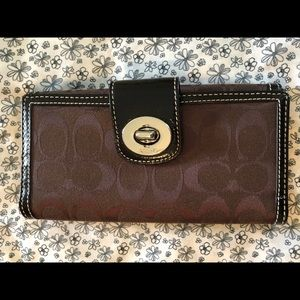 Coach Signature Turnlock Checkbook Wallet